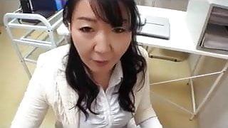 Aunt Of Onahoru Visit Salesperson
