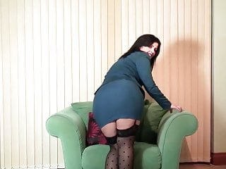 Mature real moms - Real amateur mature mom with hungry pussy