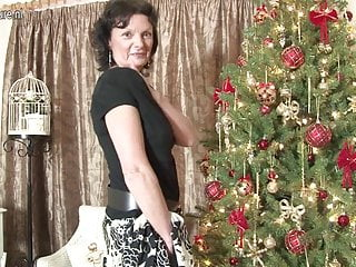 Mature granny love Sexy british milf loves to masturbate