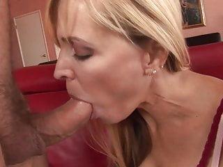 Naked emo guys kissing I want moore