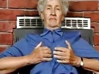 Granny pussy 80 - 80 yo granny with sexy toys gerontofil88