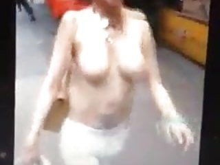 Great naked chick pics Naked chick in petaling street 2