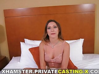 Eating pussy mpegs Private casting x - eating pussy and fucking