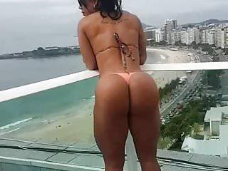 Womans bikini - Caballa el culo giant carnoso maravilloso 2