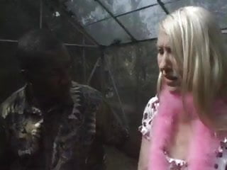Women squeezing sperm out of - Blonde skank suckin the sperm out of a black cock