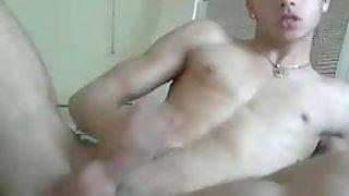 HANDSOME BOY ON CAM
