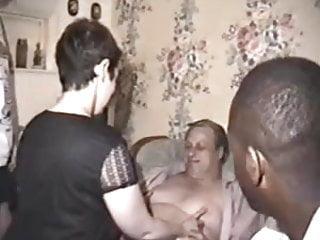 Amateur group sex porn - Raw homemade amateur group sex footage