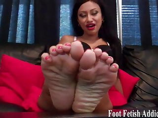 Lus size stocking milf - Put my perfect size 6 feet in your mouth