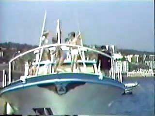 Interracial yacht Le yacht des partouzes part1