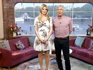Holly valance sexy vids Spunk over holly willoughbys sexy feet