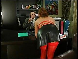 Lesbians seduce secretary Hot mature in red pantyhose seduces boss