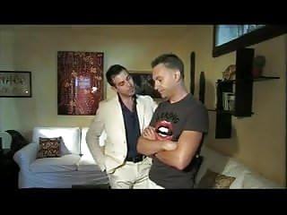 Pajas cubanas amateur La segretaria cubana aiuta il marito pieno di debiti