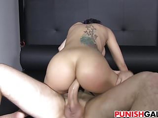 Anal sex the right way - Julia de lucia gets punished the right way