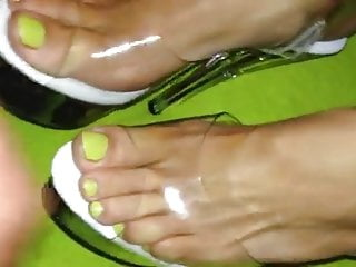 Lingiere black video stripper high quality - Cum on clear stripper high heels ans sexy toes
