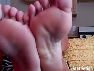 Lesbian beach bunnies actress - Worshiping the feet of a blonde beach bunny