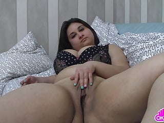 Teen chick masturbating - Ugly fat chick masturbating intensely