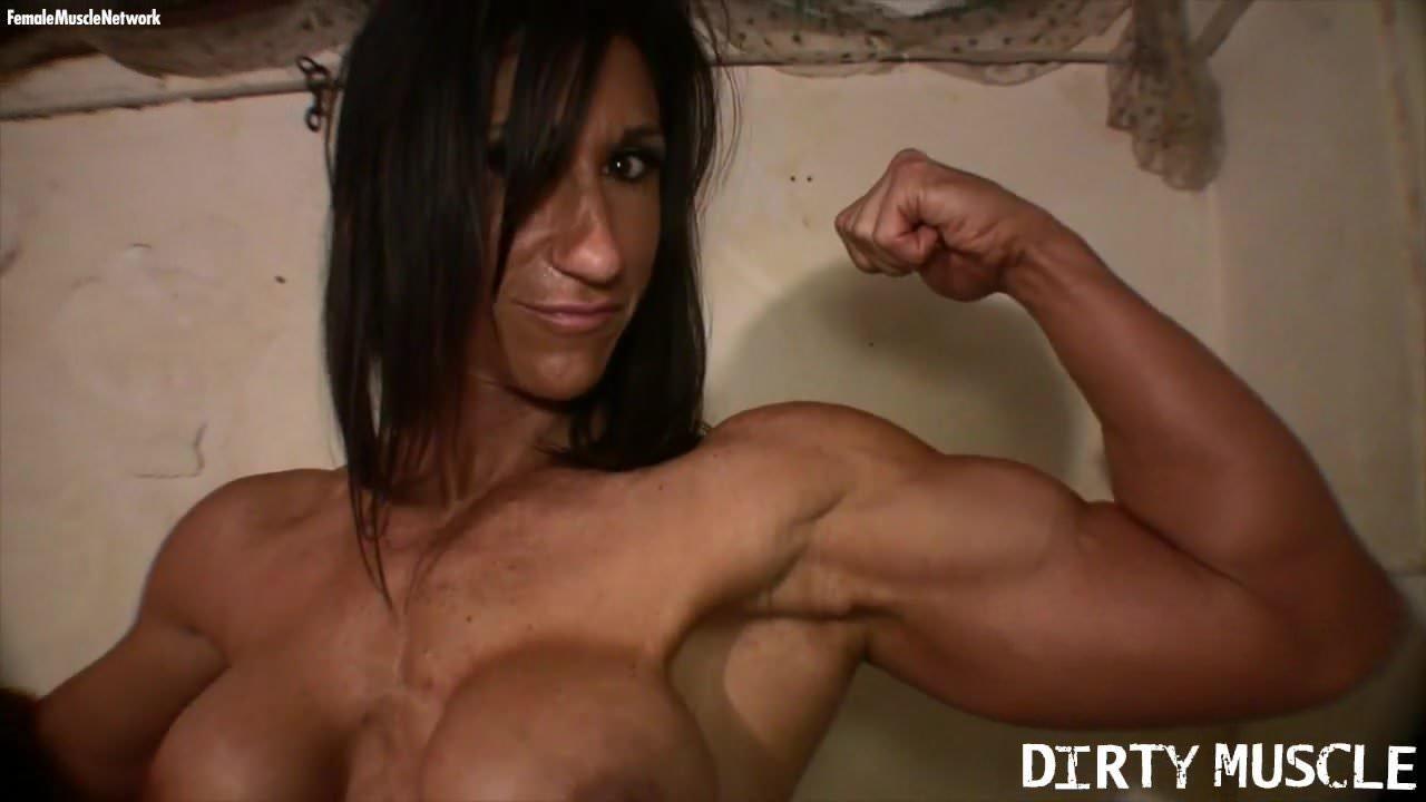Female Bodybuilder Big Clit