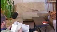 Французская тинка с пожилым мужчиной