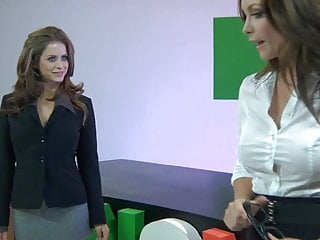 Heather vandeven porn - Lesbian emily addison and heather vandeven