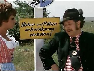 Midget comedy skit - German comedy 04