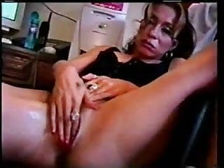 Pain porn hub Latina mom squirts before hub comes home.