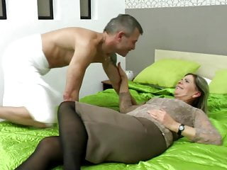 Xhanster sexy grandma - Sexy grandma suck and fuck lucky boy