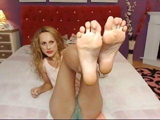 Beautiful agony orgasm sounds Beautiful cam model feet- big sexy feet no sound