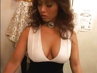 Asian girls crazydumper - Asian girls kissing in changing room