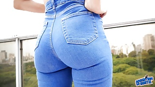 Amazing Ass Latina and Incredible Body in Tight Blue Jeans