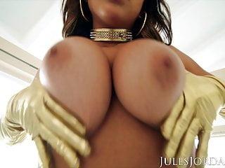 Jules Jordan  Year Old Latina Teen Autumn Falls