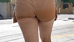 Deli Booty . Latina Brown Shorts 2