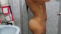 Indian Aunty bathing, Indian Bhabhi bathing, Girl bath,