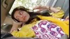 Desi girl gives a blowjob in a car