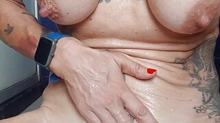 Shaving my pussy ready for live shows