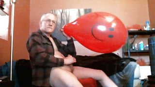 Daddy Cums on Busted Balloon - 4-21 - Balloonbanger