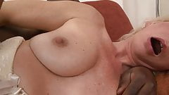 Lili, Mature Anal Whore