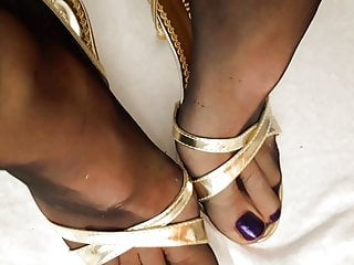Pretty feet in pantyhose fetish Feet in pantyhose and high heels