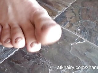 Here video tgp - Hairy tattooed girl lilac is here to show off her bush