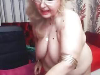 Open vagina lips pics Bbw grandma open vagina