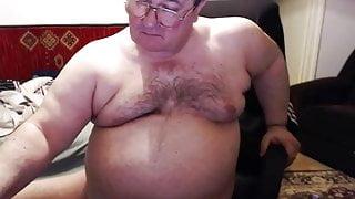 Gordito maduro se masturba 57