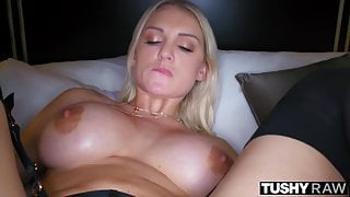 TUSHYRAW Hot Blonde loves getting her asshole stretched