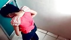 女の子のトイレ隠しカメラp1