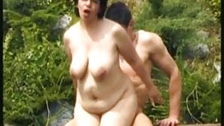 Granny getting fucked in park