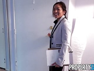 Asian real estate society - Propertysex - thieving asian real estate agent fucks client