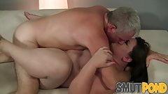 butt Bella Bendz Chunky Babe Bella Bendz Twerks Her Fat Ass While Riding Dick anal gape