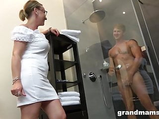Twinks stroken - Twinks first time with gorgeous grandma