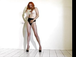Burlesque tits - Juls slow burlesque yoga