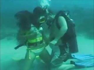 Dicks diving scuba center - Sea bottom scuba sex