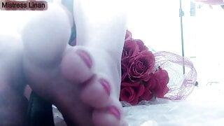 feet joi from footfetish Queen