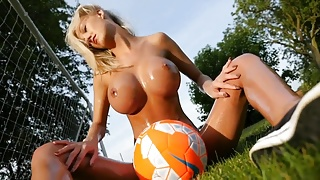 8968753 hot blonde naked and covered in oil